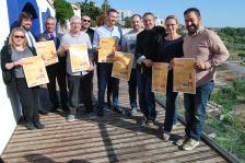 Representants d'alguns dels establiments participants a la Via del Pintxo 2017, juntament amb patrocinadors i coorganitzadors