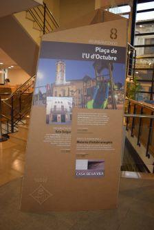 Un dels plafons de l'exposició dels 10 anys de Pla de Barris