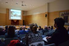 Més de 30 persones han participat a la sessió de retorn del procés participatiu pel projecte de la futura plaça de la Font del Lleó