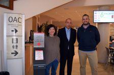 La regidora Aznar i els regidors Marañés i Través expliquen les millores que ofereix l'OAC